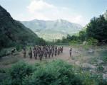 Rekrutinnen trainieren  am späten Nachmittag im militärischen Ausbildungszentrum für Frauen in der Provinz Zap. Nordirak, Juni 2007. © Philippe Dudouit