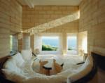 Haus Can Lis, Mallorca, Spanien, 1971. Wohnraum mit Blick aufs Meer. Arch.: Jørn Utzon. © Søren Kuhn