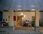 Strohballen-Haus, Mason's Bend, Alabama, USA, 1994. Experimetelles Wohnhaus für Bedürftige. Arch.: Rural Studio, Auburn University. © Timothy Hursley